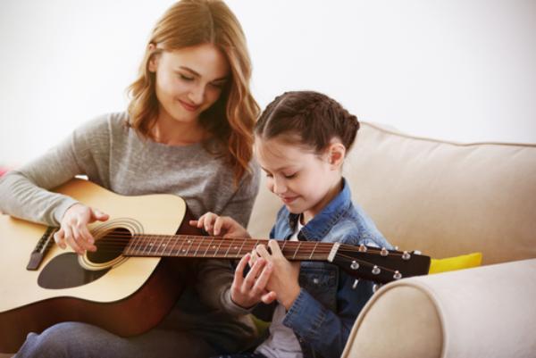 Mengenalkan Musik Sejak Dini